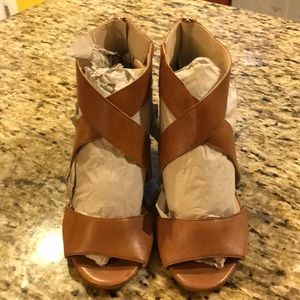 Kenneth Cole Leather Sandals